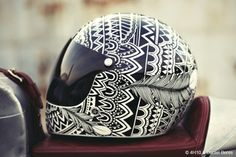 Man, I need a badass helmet like this. Tumblr: copyright Daniel Beres & 4h10.com