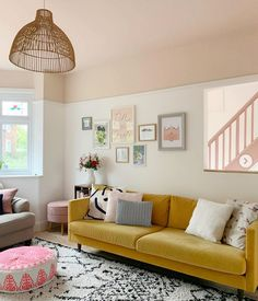 Interior designer and colour queen Sophie Robinson continues her colour crush feature and this time looks combining pink and yellow Pink Ceiling, Colored Ceiling, Living Room Decor, Bedroom Decor, Living Room Yellow, Shabby Bedroom, Pretty Bedroom, Shabby Cottage, Shabby Chic