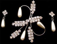 Art Deco Style Brooch Earrings Silver by TheJewelryLadysStore, $39.00