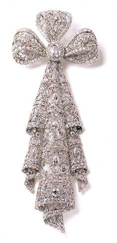 Diamond Brooch fashion love