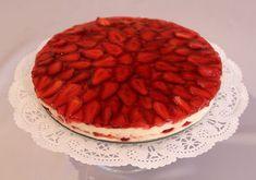 Un Süt Şeker: Çilekli İrmikli Pasta