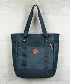 Fashion4Nation: Genuine Fred Perry Coated Nylon Tote Shopper Bag B...
