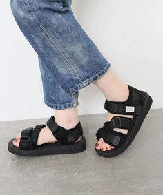 All Black Converse, Timeline, Birkenstock, Fitness, Outfits, Shoes, Fashion, Shoes Sandals, Slippers