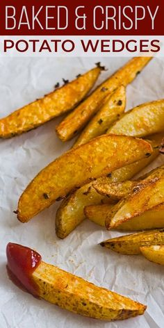 Baked crispy potato wedges are a food everyone loves! Soft on the inside and crispy outside, with a coating of simple seasoning, these baked potato wedges are a healthier choice than fries and just as tasty. Crispy Baked Potatoes, Roasted Potato Wedges, Potato Wedges Recipe, Baked Potato Fries, Best Potato Wedges, Homemade Potato Wedges, Baked Sweet Potato Wedges, Seasoned Potato Wedges, Baked Potato Wedges Oven