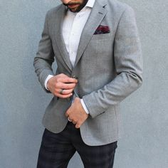 Try pairing your blazer with a patterned pant instead of charcoal or grey. #styletipsformen #wtwt #wtw