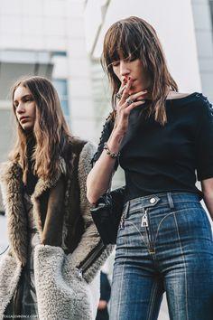 PFW-Paris_Fashion_Week_Fall_2016-Street_Style-Collage_Vintage-Model-Balenciaga-2