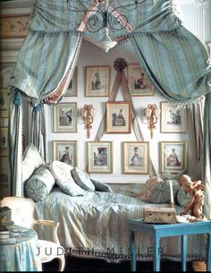 Chateau French Chic Bedroom decorating  Idea 8