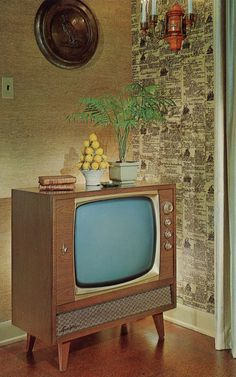 1960 Sparton Command Television