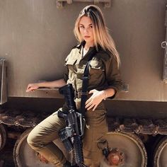 free Fighter Girl Gun for women sites in the uk . Fighter Girl Gun for women warszawa Idf Women, Military Women, Airsoft Girls, Mädchen In Uniform, Military Girl, Female Soldier, Army Soldier, Girls Uniforms, Military Uniforms