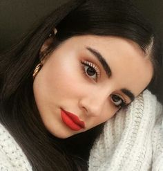Black Hair Makeup, Glam Makeup, Makeup Inspo, Makeup Tips, Eye Makeup, Beauty Full Girl, Beauty Make Up, Hair Beauty, Red Lips Outfit