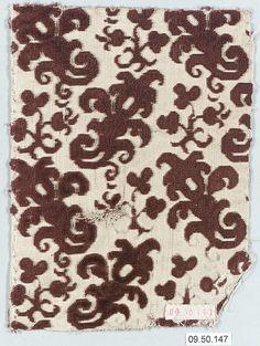 Date: 16th century Culture: Italian Medium: Silk Dimensions: L. 4 3/4 x W. 6 1/2 inches (12.1 x 16.5 cm)
