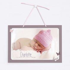 Kleines zweiseitiges Türschild mit Satinband zum Aufhängen an die Kinderzimmertür, damit das Baby in Ruhe schlafen kann. Aus hochwertigem, extra starken Papier. Modell BP01-005
