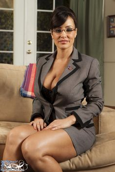 This is Lisa Ann. Obey her. womenadored.tumblr.com