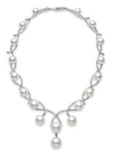 Aria Necklace White South Sea cultured pearl necklace and of diamonds, set in white gold. Aria Necklace White South Sea cultured pearl necklace and of diamonds, set in white gold. The lower part for necklace Pearl And Diamond Necklace, Cultured Pearl Necklace, Cultured Pearls, Pearl Jewelry, Diamond Jewelry, Wedding Jewelry, Jewelery, Fine Jewelry, Diamond Choker