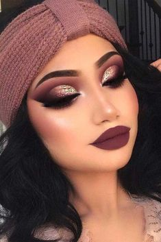 Holiday makeup looks; promo makeup looks; wedding makeup looks; makeup looks for brown eyes; glam makeup looks. Glitter Eye Makeup, Fall Makeup, Smokey Eye Makeup, Smokey Eyes, Glitter Lips, Summer Makeup, Prom Makeup Looks, Cute Makeup, Makeup Geek