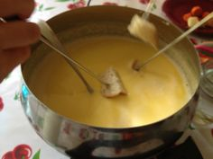 cheese fondue recipe - so easy!