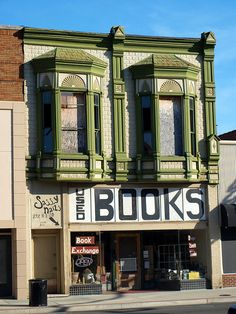 Book Exchange, used bookstore in Pittsburg, Kansas
