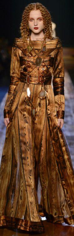 Backlog High Fashion, Fashion Show, Womens Fashion, Fashion Design, Brown Fashion, Winter Fashion, Women's Dresses, Jean Paul Gaultier, Vogue