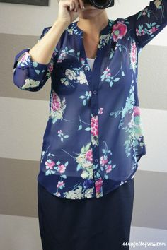 PLEASE SEND!! (THIS COLOR/DESIGN) Stitch Fix - Sinclaire Floral Print Blouse from Kut From The Kloth