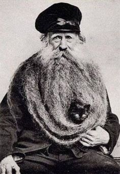 retrogasm:  Reminds me of that episode of Family Guy where Peter has baby birds living in his beard…