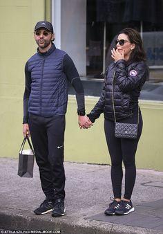 Eva Longoria sparks engagement rumours #dailymail