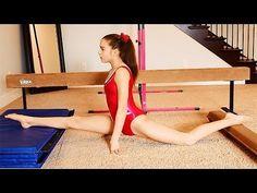 seven gymnastics girls splits Dance 4, Dance Tips, Irish Dance, Just Dance, Dancer Stretches, Good Stretches, Stretching, Seven Gymnastics Girls, Citation Force