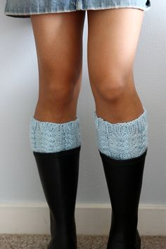 Boot Cuff / Boot Topper - Cable Knit Leg Warmer / Rain boot liner - I WANT!