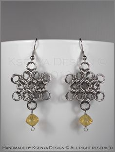 Jane - unique chainmaille earrings. #jewelry #ksenyajewelry #earrings #chainmaille #wirejewelry #purple #yellow