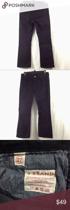 """J Brand Black Gigi Jeans Great condition. 2% Lycra. 24"""" inseam, 14"""" waist. Like multiple items I have available? When you bundle 3 items from my closet in the same transaction, you get a discount and only pay shipping ONCE!! When you bundle 4+, you get that PLUS a FREE GIFT! *Free gift increases in value with each additional item bundled* J Brand Jeans"""
