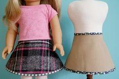 Patron gratuit : deux robes pour poupées de 40 cm « Blog de Petit Citron
