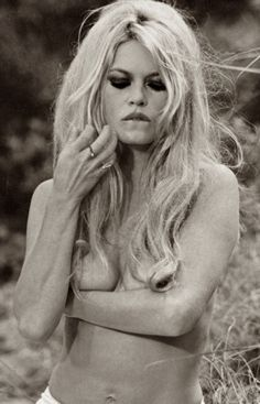 theswingingsixties:    Brigitte Bardot