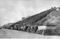 mybrightonandhove.org.uk Slopes and Esplanades | Development of Kemp Town | Kemp Town | Areas | My Brighton and Hove Photo:Charabancs at Dukes Mound, c. 1920s: A row of charabancs parked along Madeira Drive, at Duke's Mound.