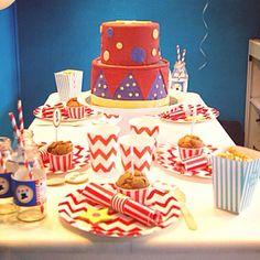 Circus birthday sweet table