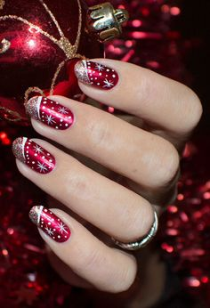 von - Backen -Weihnachtsnägel von - Backen - 111 beautiful winter nail art designs that will melt your heart page 27 Christmas Gel Nails, Holiday Nail Art, Christmas Nail Art Designs, Fancy Nails, Red Nails, Pretty Nails, Nagellack Design, Nagel Gel, Cute Nail Designs