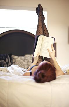 Reading is sexy. Harry potter red hair don't care