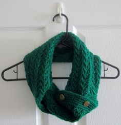 Delicate Lace Knit Green Acrylic Infinity Scarf by itsCOWLdoutside, $43.00 #etsy  #infinity  #buttonscarf  #knit  #scarf