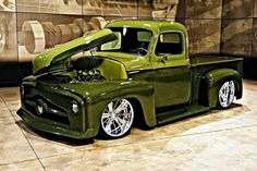 Chevy trucks aficionados are not just after the newer trucks built by Chevrolet. They are also into oldies but goodies trucks that have been magnificently preserved for long years. Custom Pickup Trucks, Classic Pickup Trucks, Old Pickup Trucks, Jeep Pickup, Hot Rod Trucks, Gmc Trucks, Cool Trucks, Chevy 4x4, Lifted Chevy