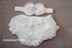 Hey, I found this really awesome Etsy listing at https://www.etsy.com/listing/202201812/ivory-baby-ruffle-bum-bloomer-set