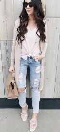 Best Spring Outfits With White Sneakers 11