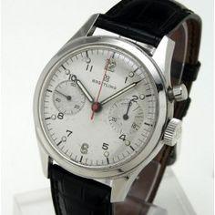 Breitling Chronographe - Version militaire réalisée pour le Département de la Défense canadien, en 1967.  Chronographe mono-poussoir, à mouvement mécanique (cal. Valjoux 23).  Boîtier en acier, sur bracelet cuir.    Diamètre : 36 mm.