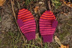 Hos Anna-ananas: Tynde babyvanter Baby Knitting Patterns, Kids And Parenting, Knitted Hats, Baby Kids, Gloves, Inspiration, Diy Baby, Threading, Biblical Inspiration