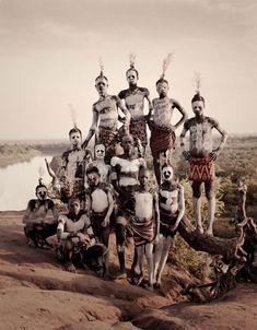 Fotografias impressionantes das tribos mais afastadas registradas pelo mundo   Criatives   Blog Design, Inspirações, Tutoriais, Web Design