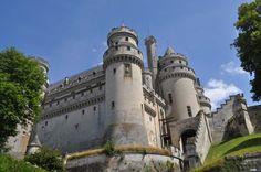 Château de Pierrefonds , picardie , Oise , France et Tourisme Pisa, Tower, Building, Travel, Gardens, Tourism, Viajes, Lathe