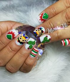 Image may contain: 1 person Xmas Nails, Holiday Nails, Halloween Nails, Diy Nails, Christmas Nails, Kawaii Nail Art, Pink Nail Art, Mexican Nails, 3d Acrylic Nails