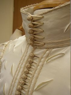 Detail of the reconstruction of a doublet Ninya Mikhaila made for Perth (Scotland) Museum. The ribbon, braid and buttons were all copied exactly and made by Gina Barrett. Mode Renaissance, Renaissance Costume, Renaissance Fashion, Renaissance Clothing, Antique Clothing, Historical Costume, Historical Clothing, Costume Russe, 17th Century Fashion