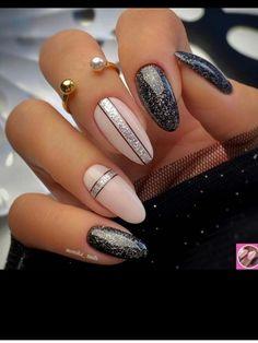 Purple Nails, Black Nails, Nagellack Design, Cat Nails, Funky Nails, Bridal Nails, Glitter Nail Art, Stylish Nails, Nail Manicure