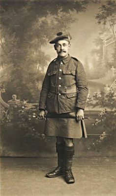 A Private soldier in the Argyll & Sutherland Highlanders
