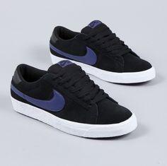 cheap for discount e0696 edf9d Nike SB Blazer black and blue Sneakers Muoti, Nike Sb, Jalkineet