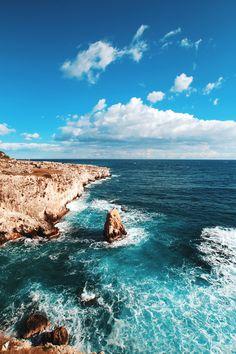Untitled by Databhi// Nature Landscape Sea Ocean Waves Rocks Coast Travel VSCO Myuploads No Wave, Voyager C'est Vivre, Beautiful World, Beautiful Places, Places To Travel, Places To Visit, Travel Destinations, Beautiful Landscapes, Wonders Of The World