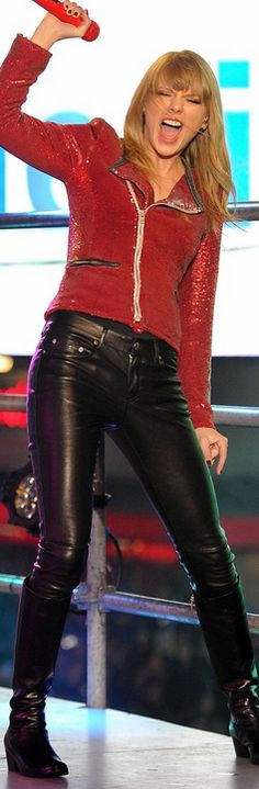 Who made Taylor Swift's black leather pants, black boots, and red sequin jacket that she wore in New York on December 31, 2012?